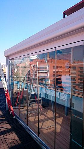Cortina de vidrio aragonesa de cerramientos - Cerramientos plegables de vidrio ...